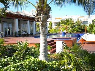 Amazing Penthouse, ocean and marina views - Playa Mujeres vacation rentals