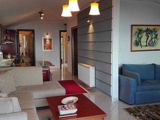 Cozy 2 bedroom Condo in Paralia Panteleimonos - Paralia Panteleimonos vacation rentals