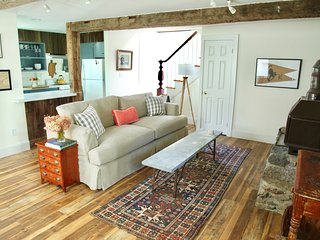 Perfect Cottage with Internet Access and A/C - Rhinebeck vacation rentals