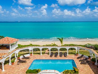 SERENA... elegant 5BR  beachfront villa is truly exceptional! - Baie Rouge vacation rentals