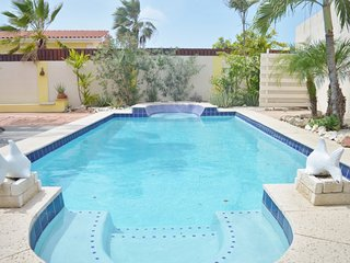 Nice 3 bedroom Oranjestad Villa with Internet Access - Oranjestad vacation rentals