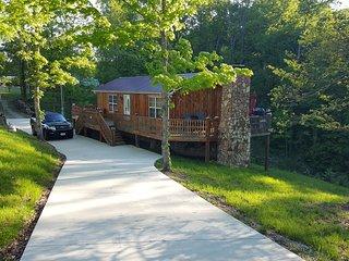 Cedar Cabin Lynchburg, TN - Lynchburg vacation rentals