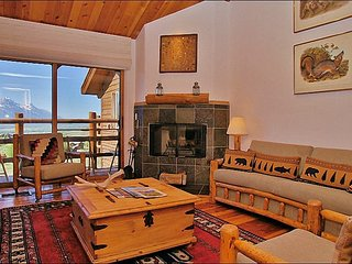 Pool & Tennis Courts in Summer Only - Amazing Views from Both Living Rooms - Jackson vacation rentals
