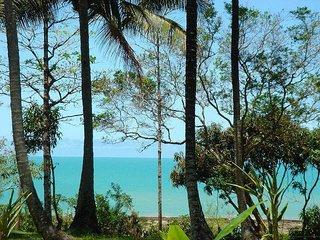 RECANTO SOL NASCENTE  linda vista para o mar - Santa Cruz Cabralia vacation rentals