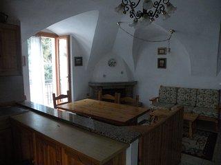 Appartamento confortevole volti nel soggiorno e arredato in stile rustico - Fiave vacation rentals