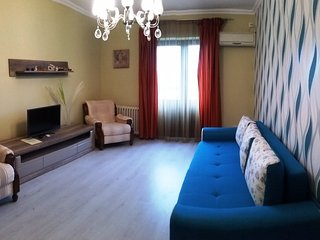 Moonlight City Center - detached apartment with balcony - Oradea vacation rentals