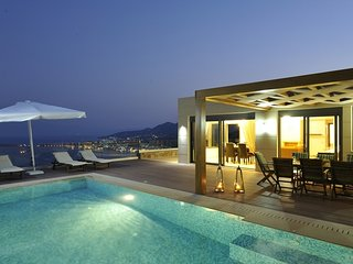Luxury villa in Elounda, sleeping up to 10 persons - Agios Nikolaos vacation rentals