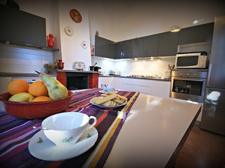 Beautiful 3 bedroom Condo in Imperia - Imperia vacation rentals
