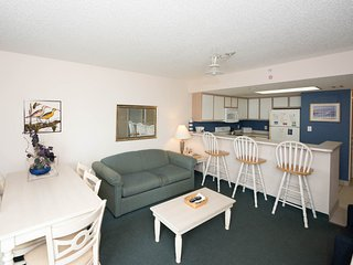 Ocean Front condo on the 6th floor at Bay Watch - North Myrtle Beach vacation rentals