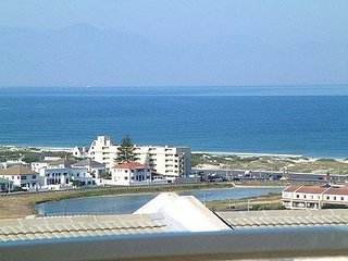 Lovely 3 bedroom House in Muizenberg - Muizenberg vacation rentals