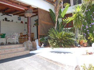 Comfortable 1 bedroom Alcala Apartment with Internet Access - Alcala vacation rentals
