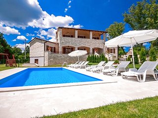 Comfortable Villa Vernier with Pool in Central Istria - Kringa vacation rentals