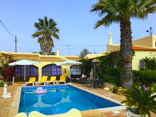 Villa Micha, authentic villa with private pool, near to Carvoeiro - Carvoeiro vacation rentals