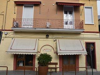 2 bedroom Condo with Internet Access in Foggia - Foggia vacation rentals