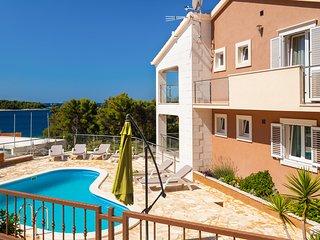 6 bedroom Villa with Television in Vela Luka - Vela Luka vacation rentals