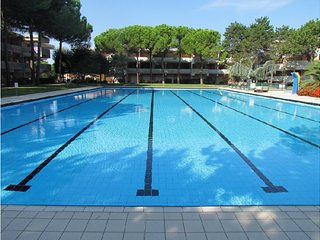 Modern Apartment in Residence - 2 Swimming pools - Tennis Courts - Bibione vacation rentals