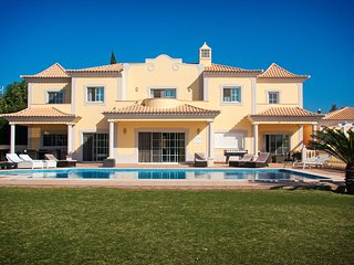 Nice Villa with Internet Access and A/C - Almancil vacation rentals