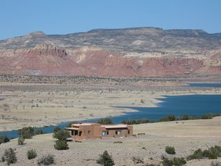 Extraordinary Home on Abiquiu Lake - Abiquiu vacation rentals