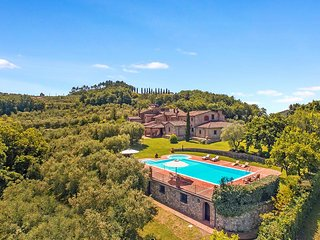 Wonderful 4 bedroom Villa in Montecatini Terme with Internet Access - Montecatini Terme vacation rentals