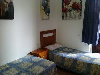 PRIVATE ROOM 1 PLAYA  LAS CANTERAS (Piso compartido) - Las Palmas de Gran Canaria vacation rentals