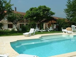 Perfect holiday home with pool in Pyrénées village - Galan vacation rentals