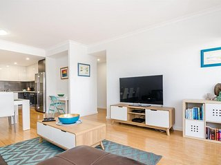 Convenient House with DVD Player and Shared Outdoor Pool in Burswood - Burswood vacation rentals