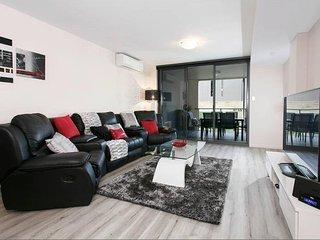 Perfect Perth Condo rental with Internet Access - Perth vacation rentals