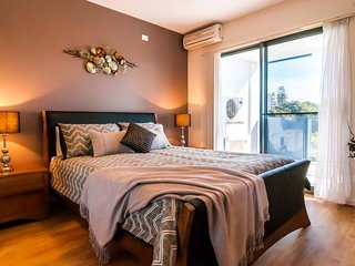 Perfect 2 bedroom Condo in Greater Perth with Internet Access - Greater Perth vacation rentals