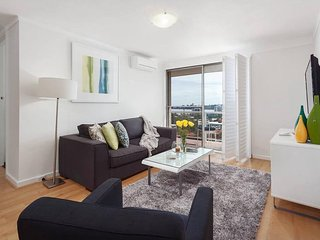 2 bedroom House with Satellite Or Cable TV in South Perth - South Perth vacation rentals