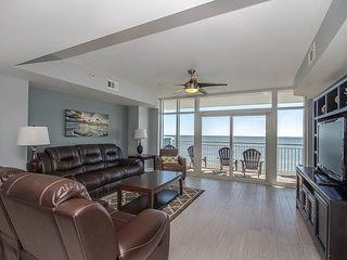 Oceanfront Luxury Condo with amazing views, beautiful furnishings & decor! - Myrtle Beach vacation rentals