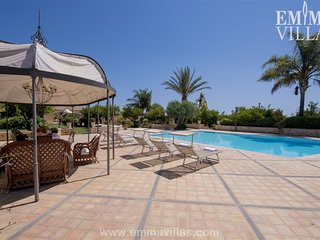 Perfect Villa with DVD Player and Microwave - Belvedere vacation rentals