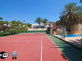 Tenis Janka - Calpe vacation rentals
