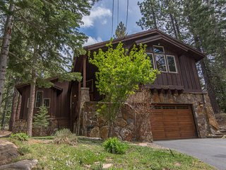 Beautiful House with Deck and Internet Access - Truckee vacation rentals