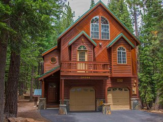 Comfortable 4 bedroom Truckee House with Deck - Truckee vacation rentals