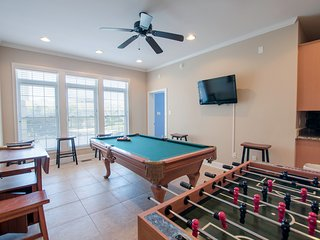 Perfect House with Shared Outdoor Pool and Balcony - Myrtle Beach vacation rentals