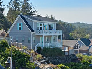 Seaview Cottage at Olivia Beach -Ocean View! Built 2014, Hot Tub, Heated Pool - Lincoln City vacation rentals