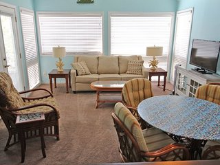Awesome Vacation Condo ....Tommy Bahama meets Jimmy Buffet..12348 - Arcadian Shores vacation rentals