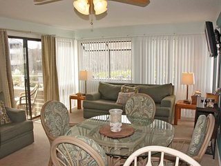 Awesome Vacation Condo ....by Main Pool and steps to the beach 13152 - Arcadian Shores vacation rentals