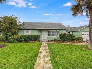 Goin` Coastal Cottage - Fernandina Beach vacation rentals