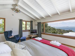Perfect Waiheke Island vacation Cottage with DVD Player - Waiheke Island vacation rentals