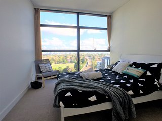 View Photos CITY SKYLINE VIEW! 1 min Walk to Train Station - Chatswood vacation rentals