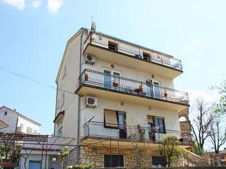 Private suites Selce 4054 2-room-suite - Selce vacation rentals