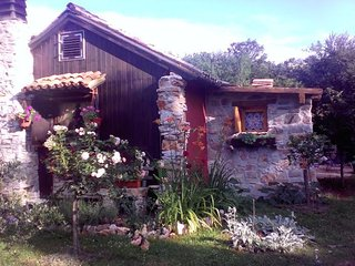 Private accommodation - holiday house Babici 9477 Holiday house - Lovrecica vacation rentals