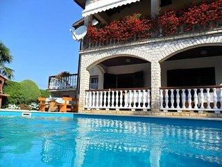 Private suites Vrecari 9553 Studio-suite - Nedescina vacation rentals