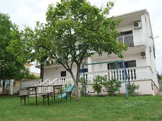 Private suites Peroj 9627 3-room-suite - Peroj vacation rentals