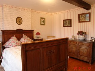 Nice Bed and Breakfast with Internet Access and Central Heating - Walhain vacation rentals