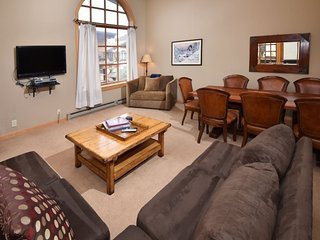 Vail Condo Rentals | Bridge Street | Great price on large 2 bedroom plus loft. Center of Vail Village - Vail vacation rentals