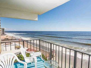 3 bedroom Apartment with Internet Access in Garden City - Garden City vacation rentals