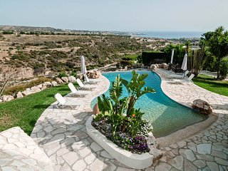 Gorgeous 3 bedroom Villa in Paphos with Internet Access - Paphos vacation rentals