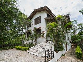 Casa Colinita - Tamarindo vacation rentals